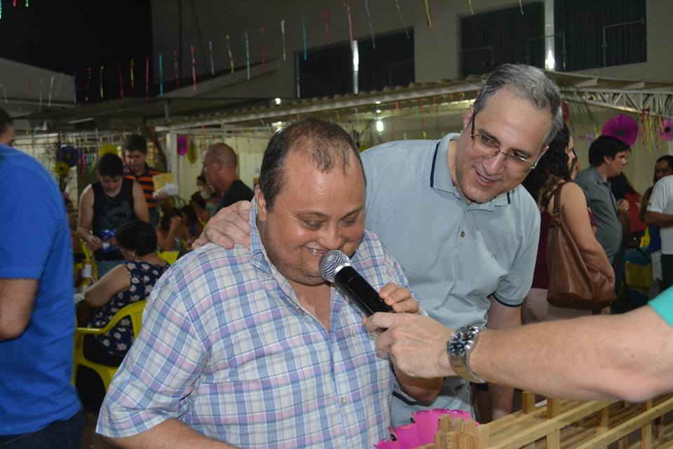 Morador do Porto Real ganha moto no bingo da 1ª Festa da Primavera do Ritinha Prates