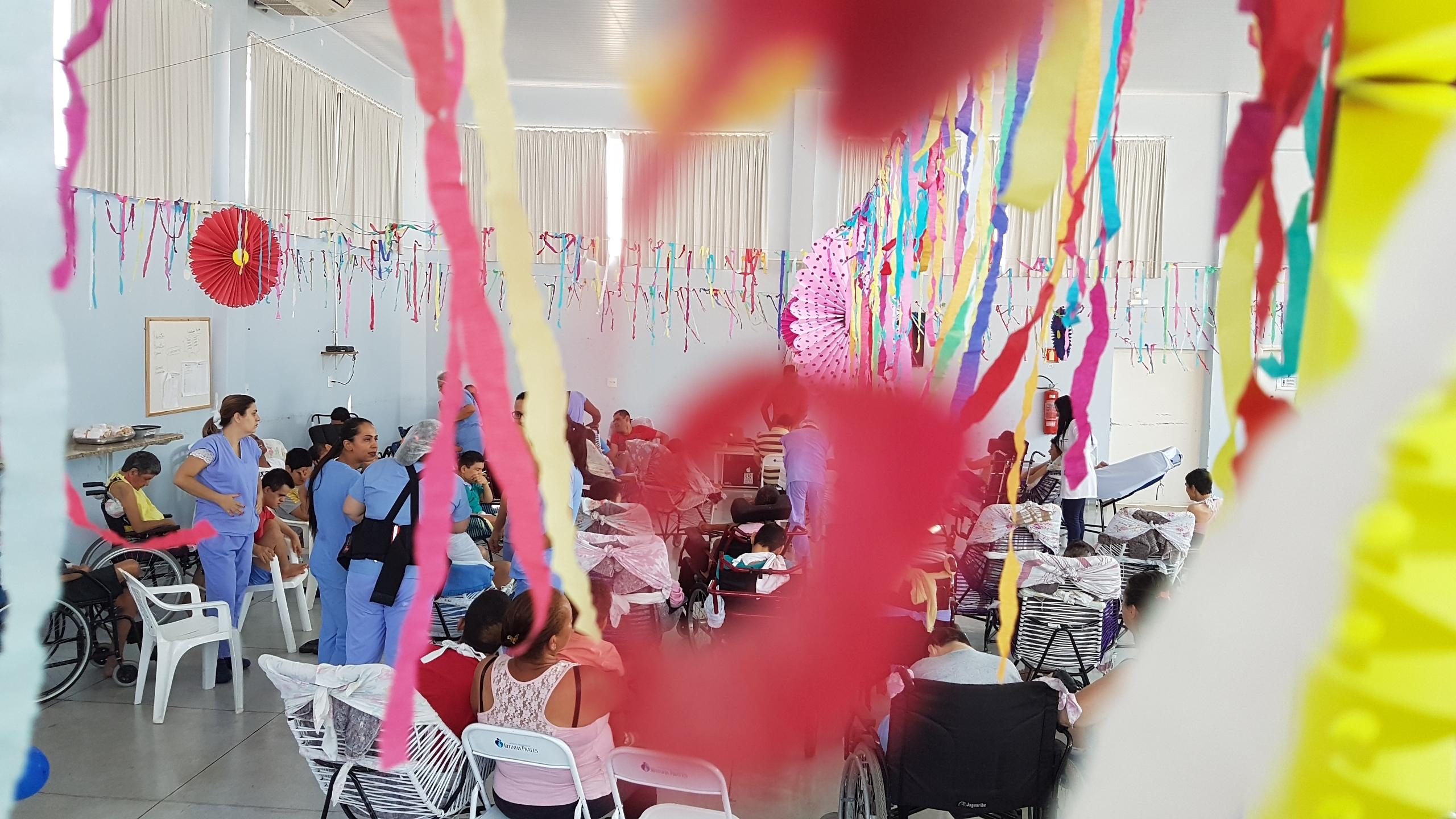 Pacientes do Ritinha Prates comemoram antecipadamente o Dia das Crianças