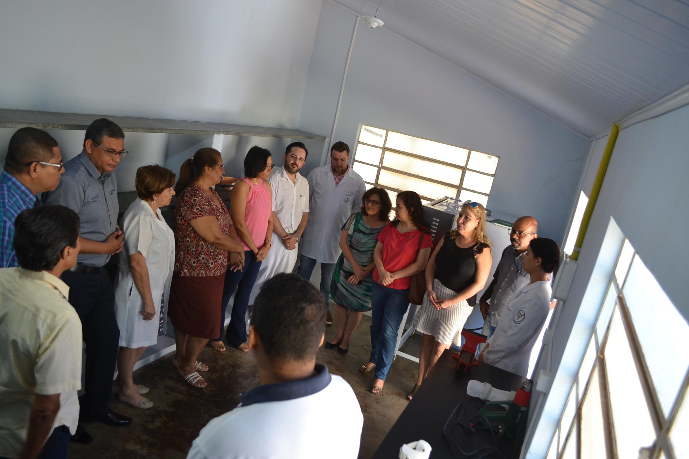 Ritinha Prates inaugura oficina de prótese e órtese