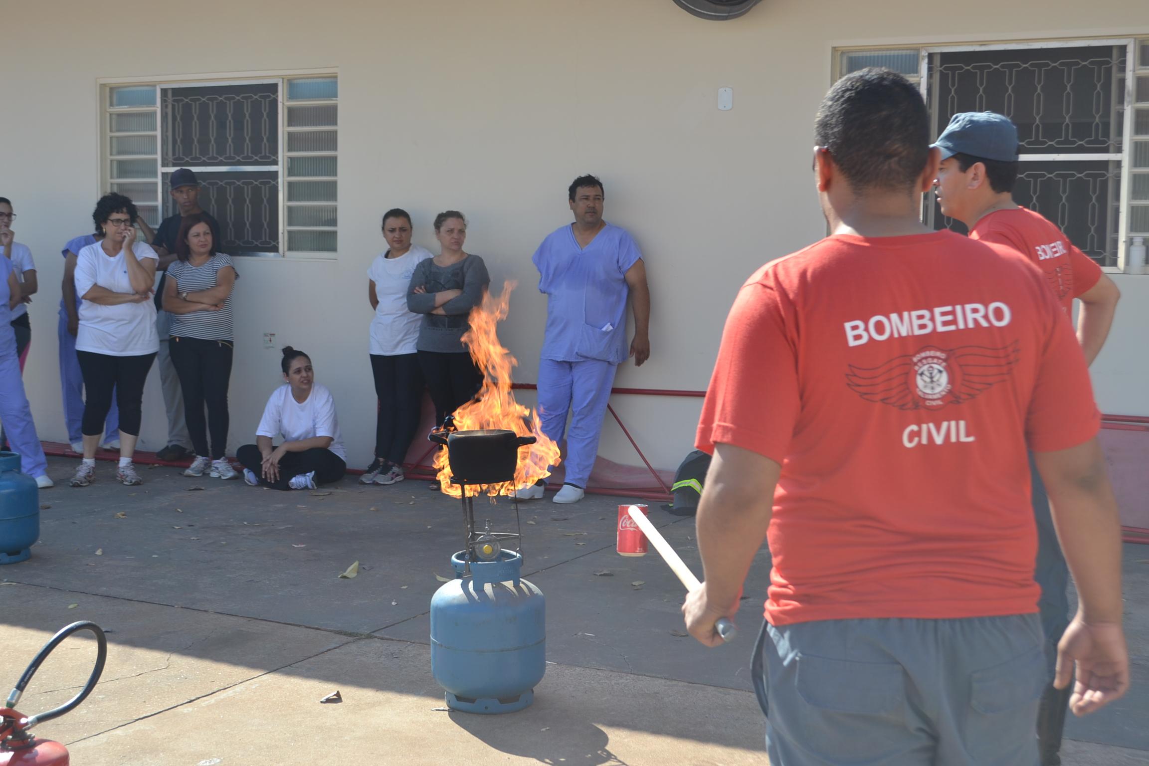 Simulado de incêndio é realizado no Hospital Ritinha Prates